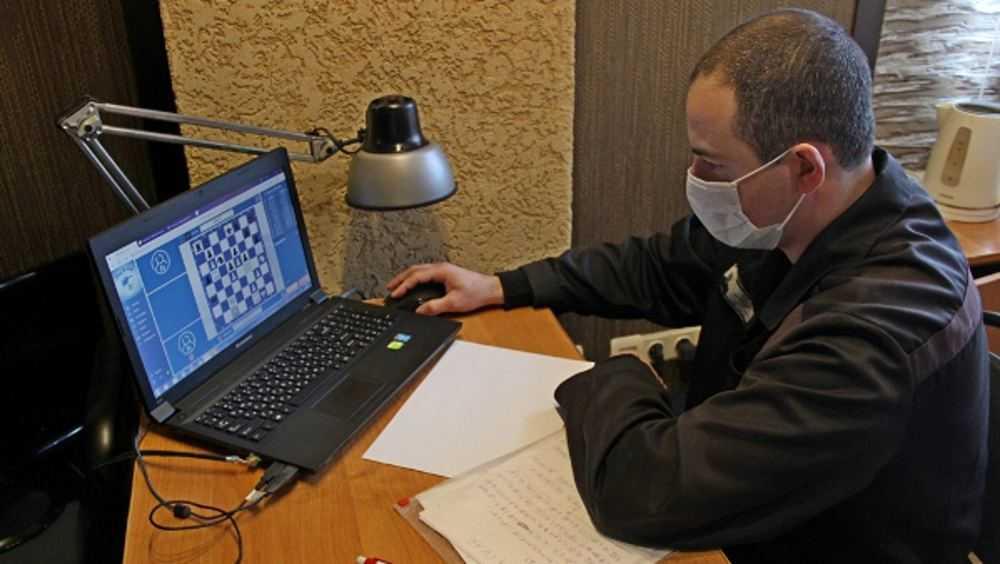 Осужденный из Брянска отличился в шахматном матче с игроками «Роскосмоса»