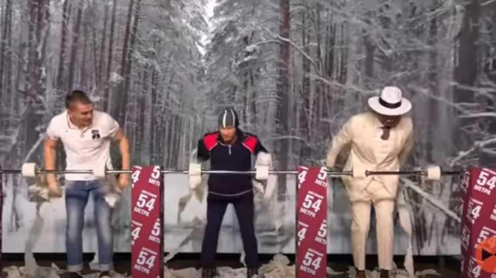 Брянский лыжник Большунов выиграл потешную гонку в «Вечернем Урганте»