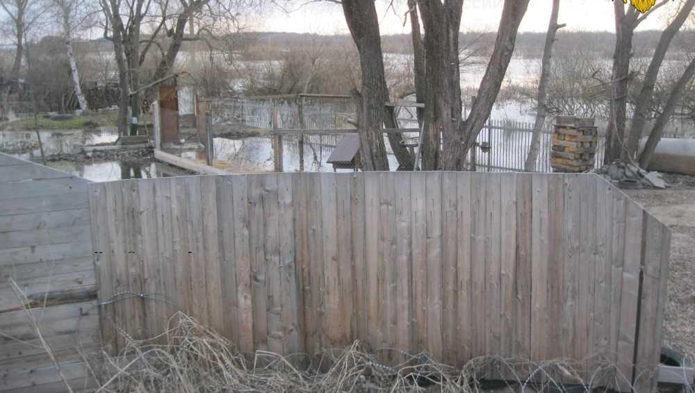 В Бежицком районе Брянска река Болва затопила два приусадебных участка