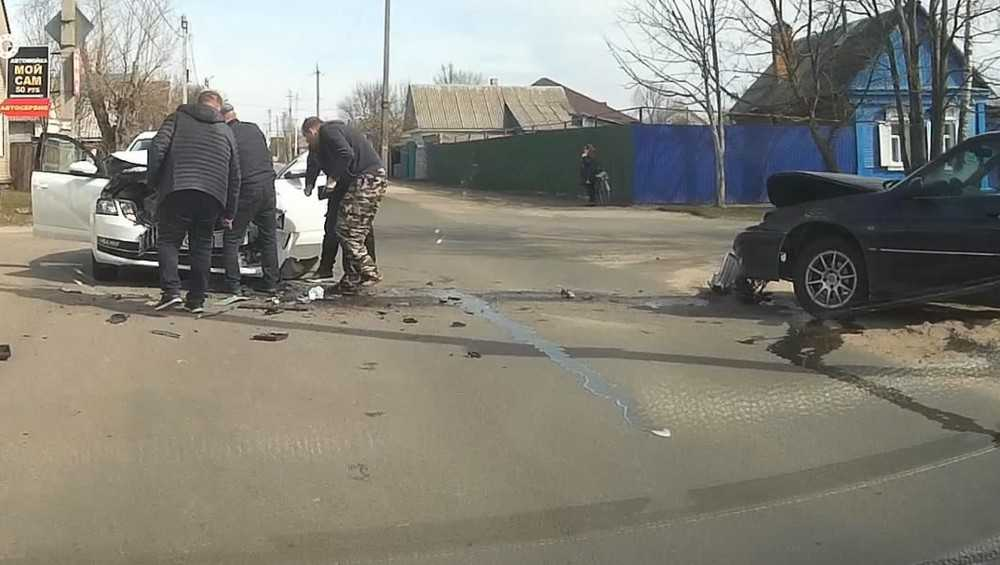 На месте ДТП в Новозыбкове очевидцы приняли антифриз за кровь
