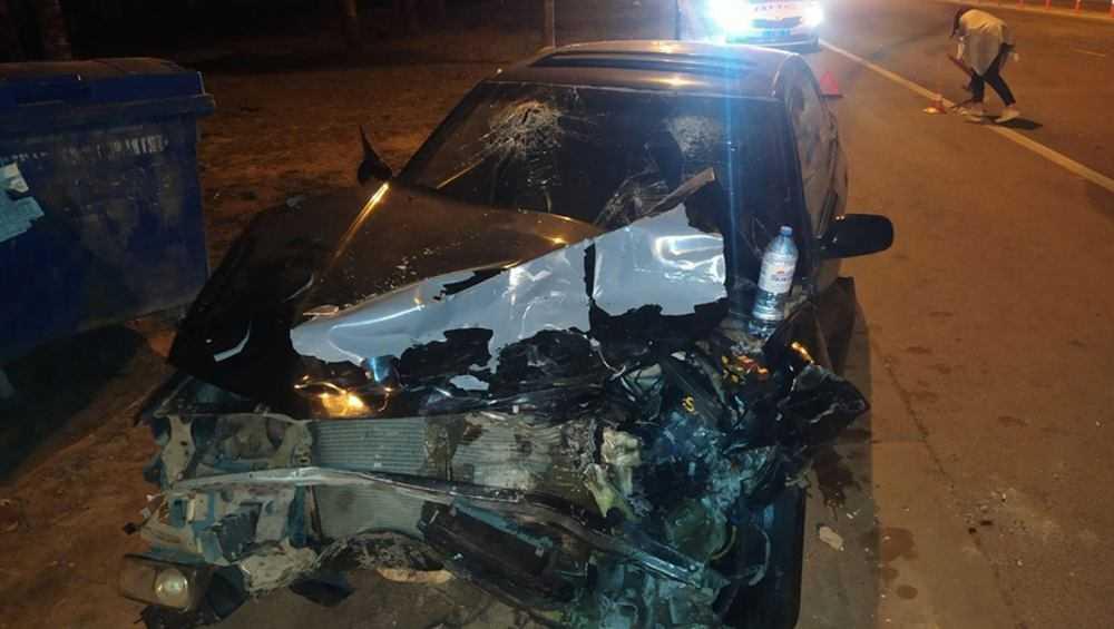 Под Брянском в столкновении двух Subaru 28-летний пассажир повредил нос