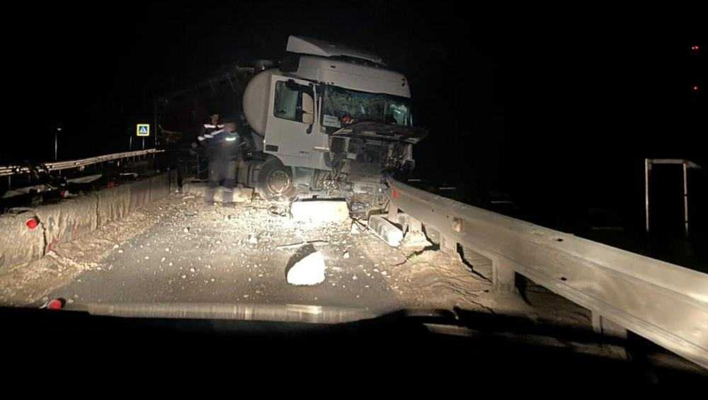 В Севске в ДТП с автоцистерной погиб таможенник