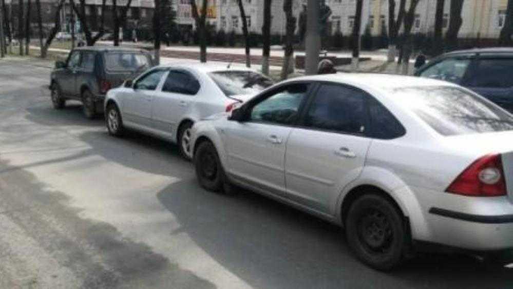 В Брянске в массовом ДТП на проспекте Московском пострадала женщина