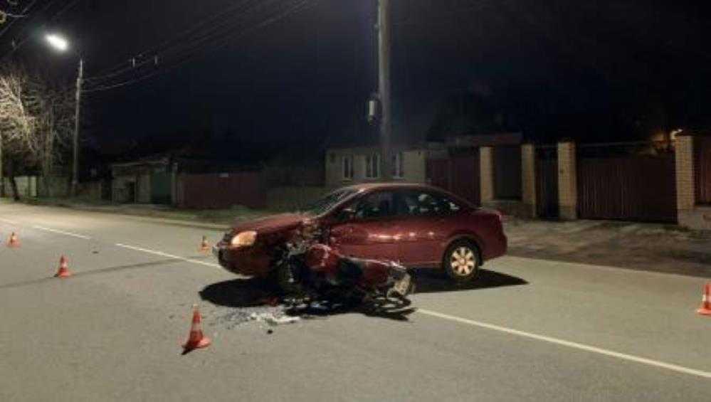 В Брянске на мотоцикле разбились 16-летний подросток и 17-летняя девушка