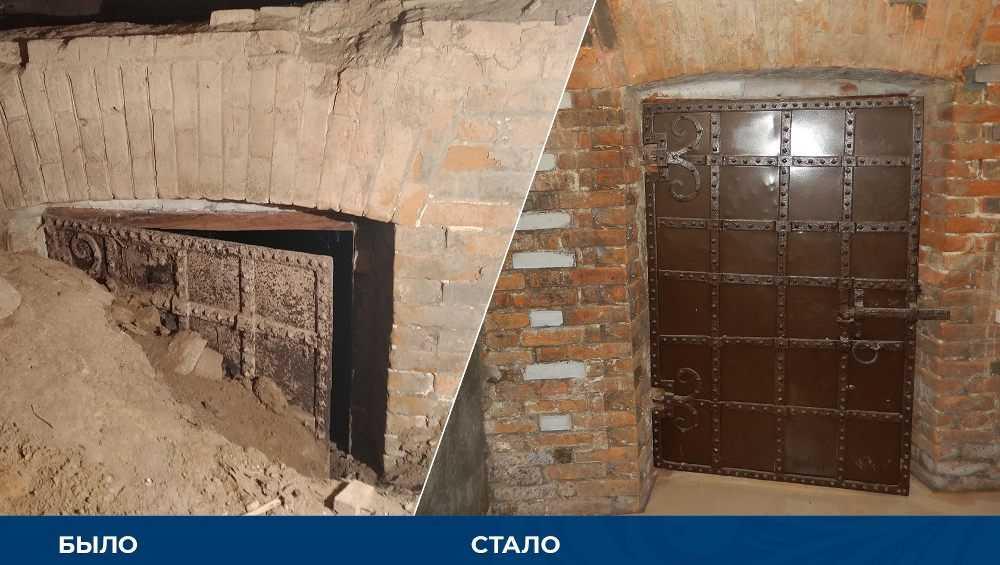 В Овстуге Брянской области обнаружили старинную дверь времен Тютчева