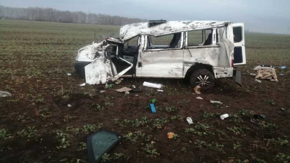 Под Севском в ДТП с микроавтобусом пострадала 90-летняя пенсионерка