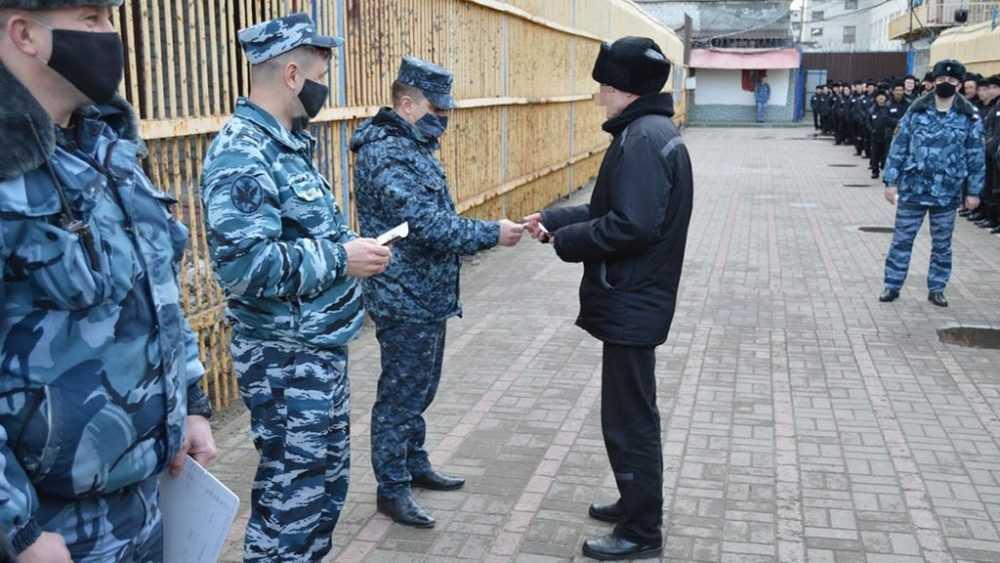 В колонии строгого режима №2 состоялось вручение знаков ГТО осужденным