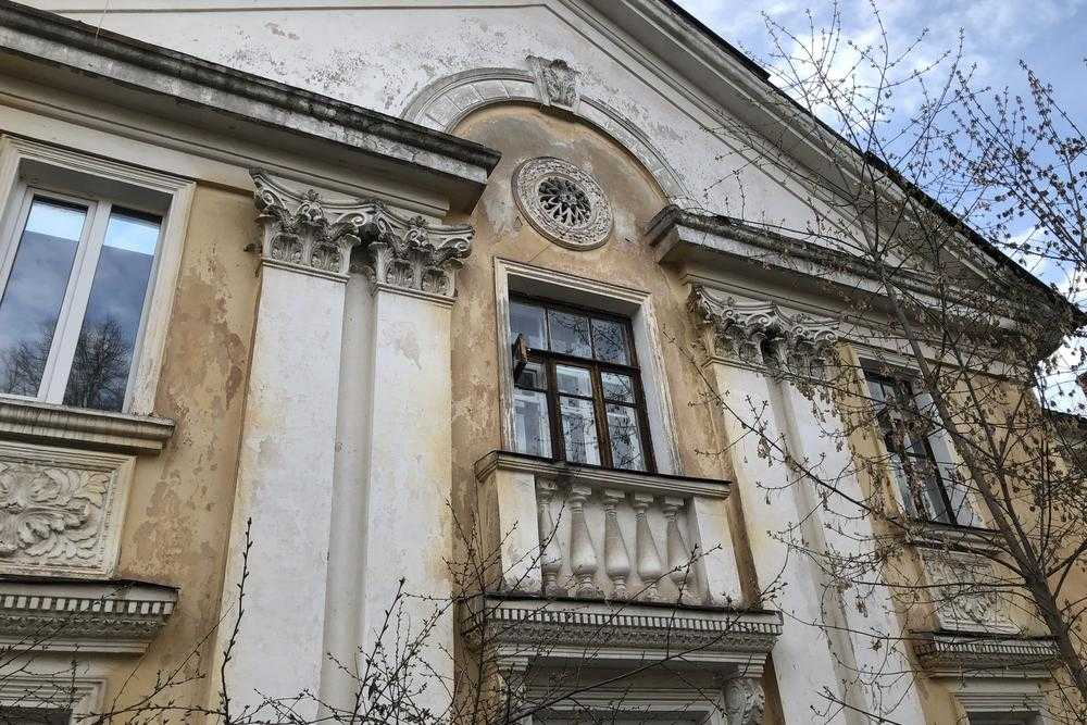 Запущенная красота Брянска: улица Красных партизан