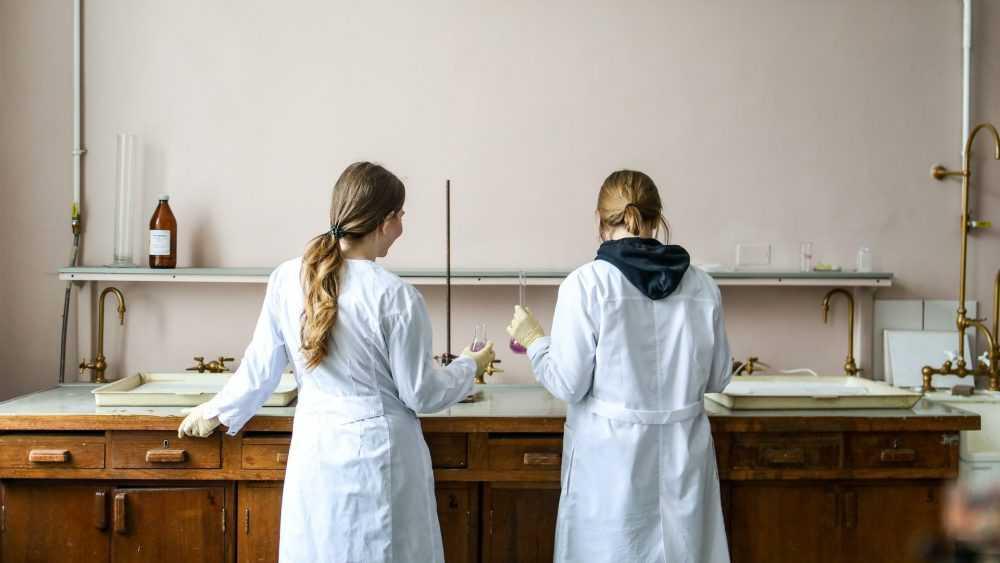 Российские ученые ускорили бегство из страны