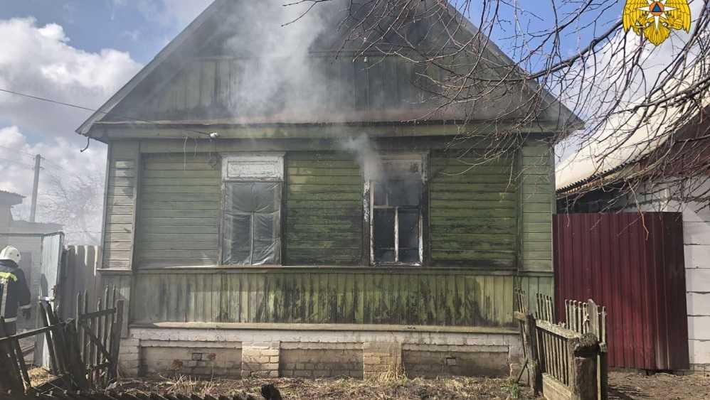 Под Трубчевском Брянской области при пожаре погиб молодой мужчина