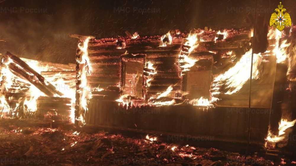 В Клетнянском районе Брянской области при пожаре погиб молодой мужчина