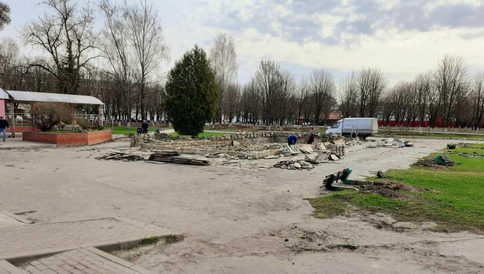 В Брянске Пролетарский сквер обновят за 22 миллиона рублей