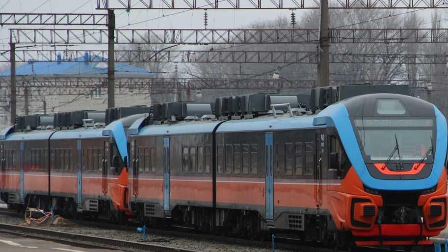 Электропоезда и рельсовые автобусы подготовят к летней пассажирской кампании в Брянской области