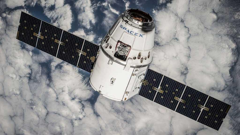 «Роскосмос» начал переговоры с NASA о доставке космонавтов на МКС с помощью Crew Dragon