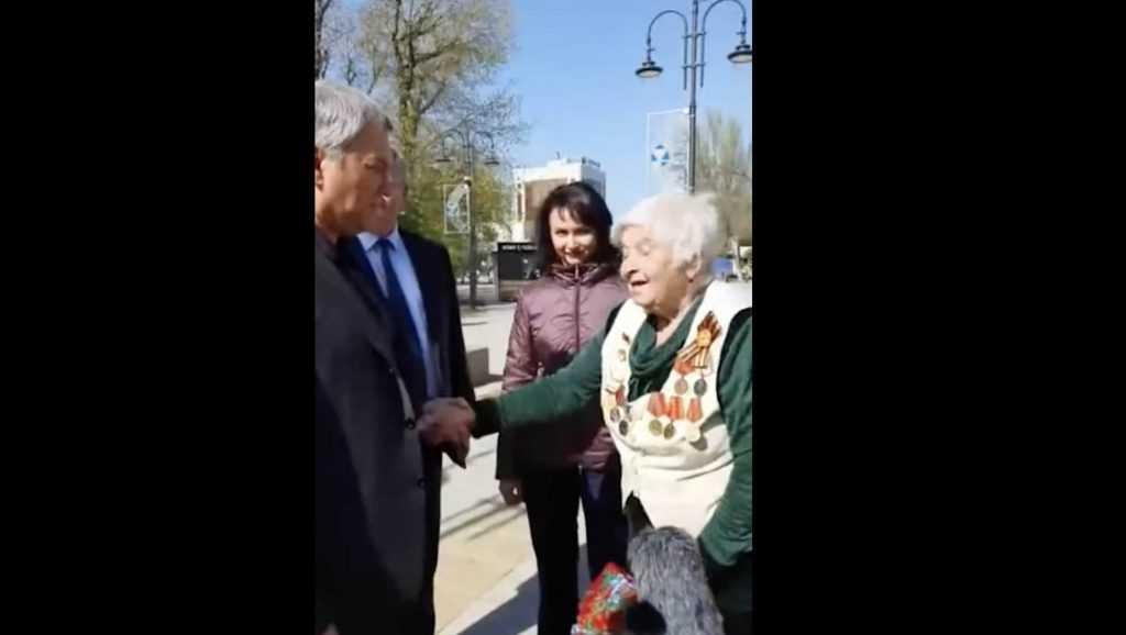 «Скажи, умный мужик»: российская пенсионерка «допросила» председателя Госдумы