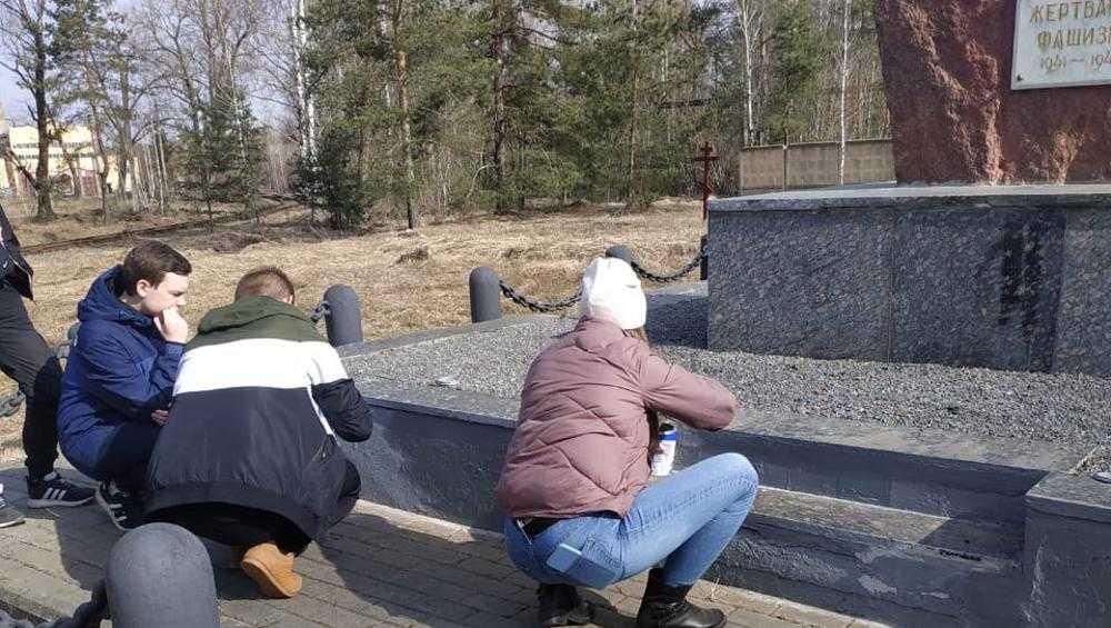 Брянск начали украшать к Дню Победы