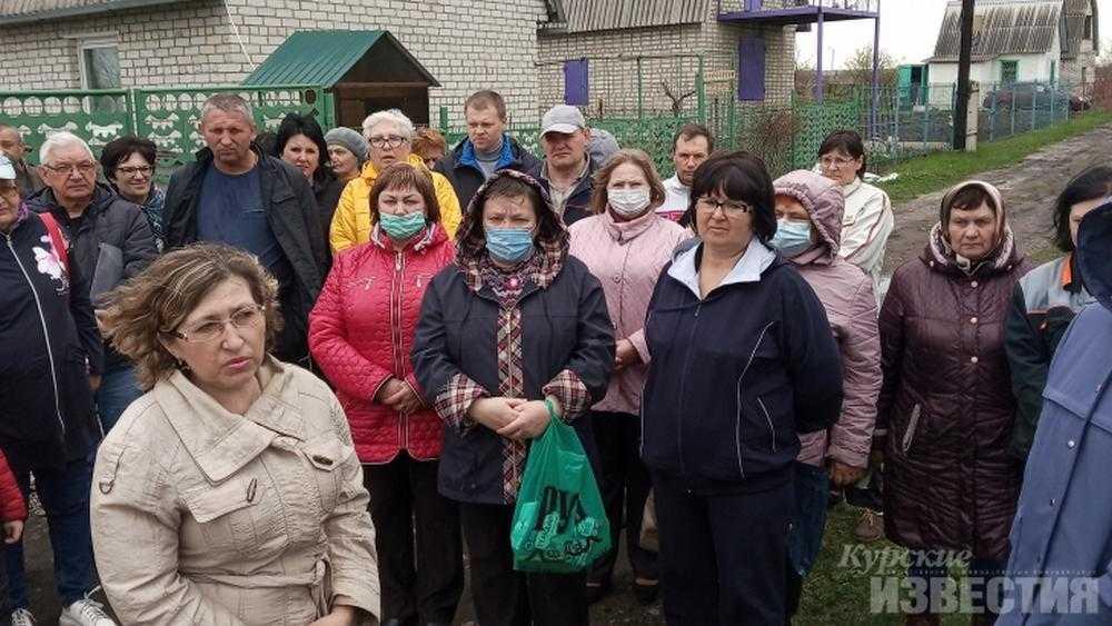 Военный прокурор потребовал снести дачные дома в Курском районе