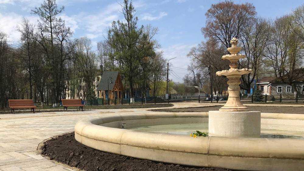 Восстановленные фонтаны стали украшением парка усадьбы князя в Локте