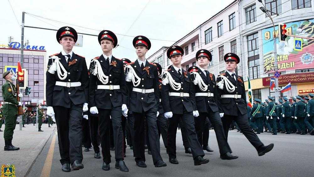 В Брянске прошла генеральная репетиция торжественного марша накануне 9 Мая