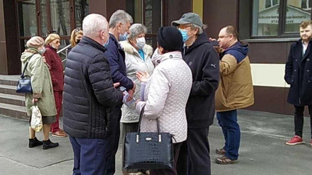 Брянский губернатор высказался о скандале с чиновницей и журналистом