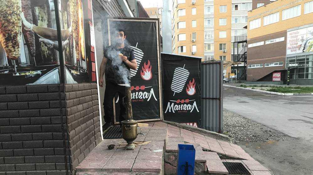 В кавказском кафе Брянска поставили на службу русский самовар
