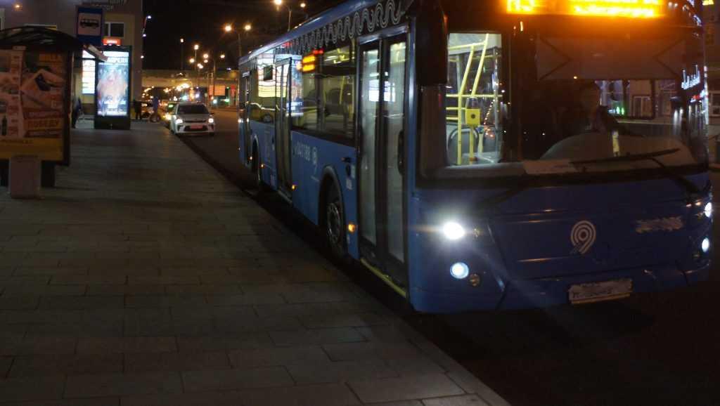 В Брянске пассажирам показали число автобусов в вечернее время