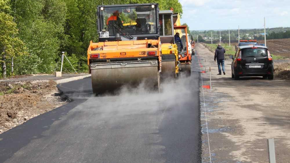 В Брянском районе в этом году закончат ремонт дороги до Теменичей