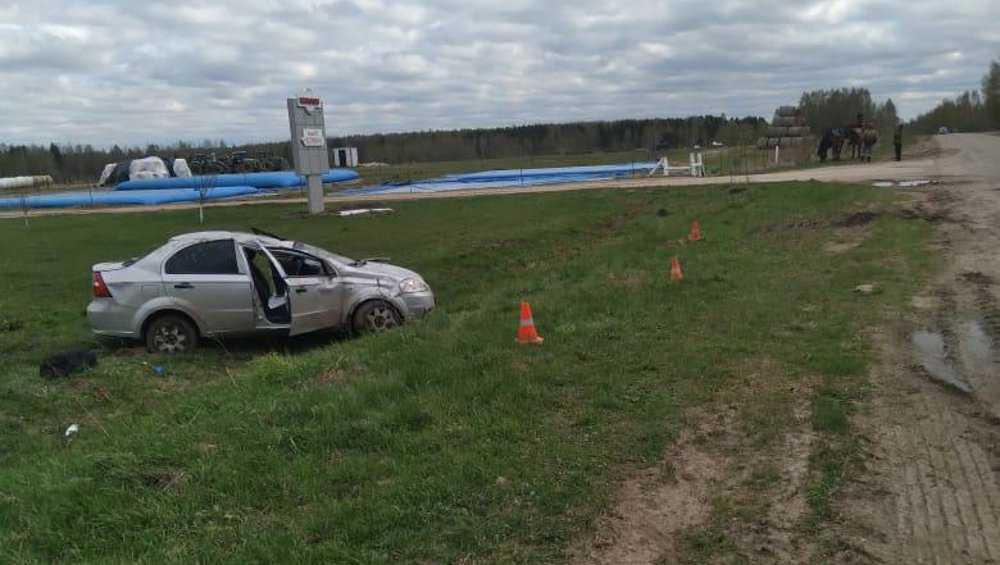 В Мглинском районе пьяный автомобилист покалечил своего пассажира