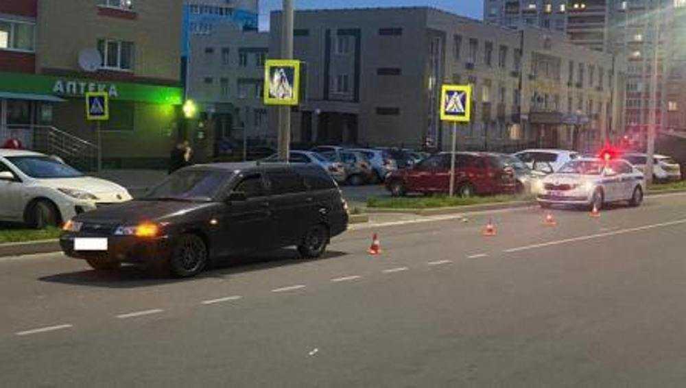 В Брянске водитель ВАЗа сбил на пешеходном переходе 9-летнего школьника