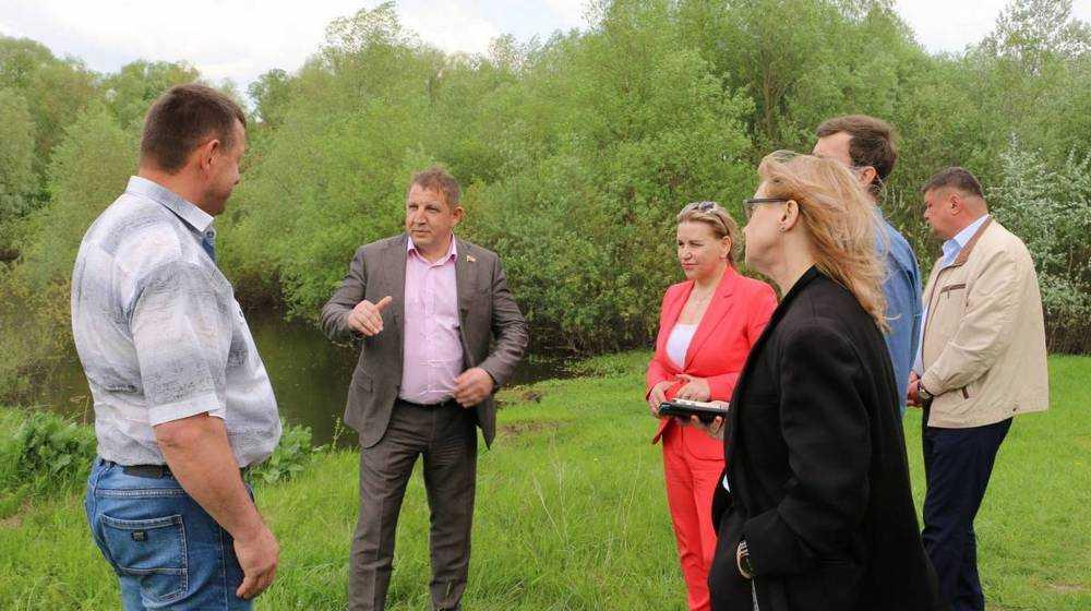 В Брянске прошло совещание, на котором рассматривался вопрос о продолжении расчистки русла реки Десна