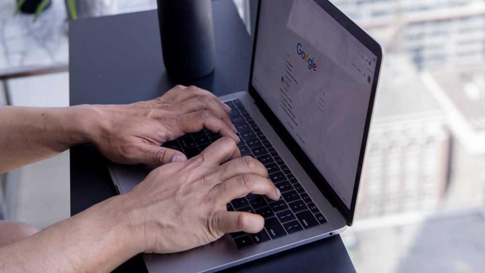 Роскомнадзор начал ограничивать доступ к двум VPN-сервисам