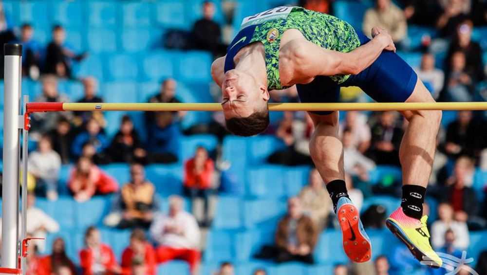 Прыгун из Брянска Илья Иванюк показал лучший результат сезона в мире