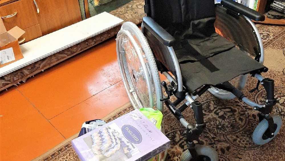 Брянцы купили кресло-коляску для тяжелобольного мальчика из Клетни