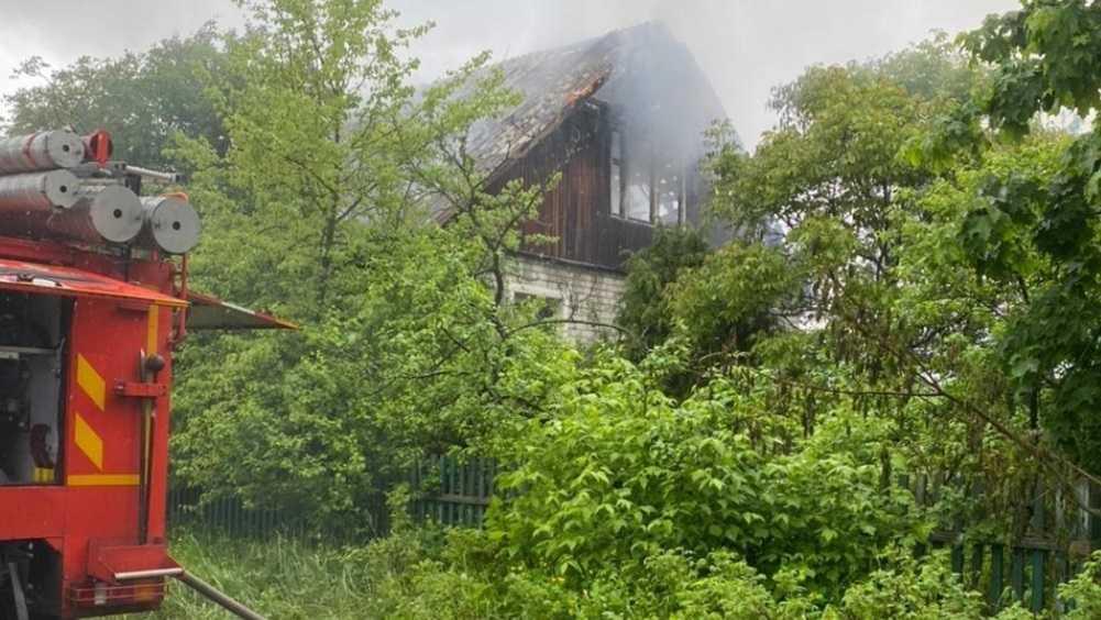 В городе Сельцо Брянской области сгорели дом и гараж