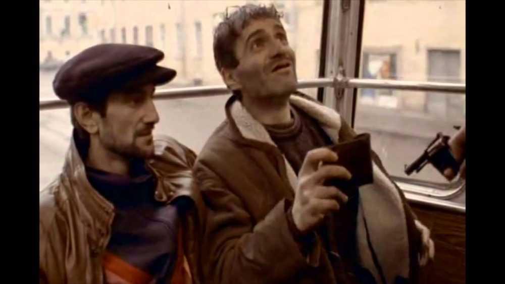«Как они переведут самую каноничную фразу?»: Netflix приобрел права на показ фильмов «Брат» и «Брат-2»