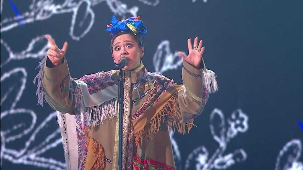 Певица Манижа рассказала о платье для «Русской женщины»