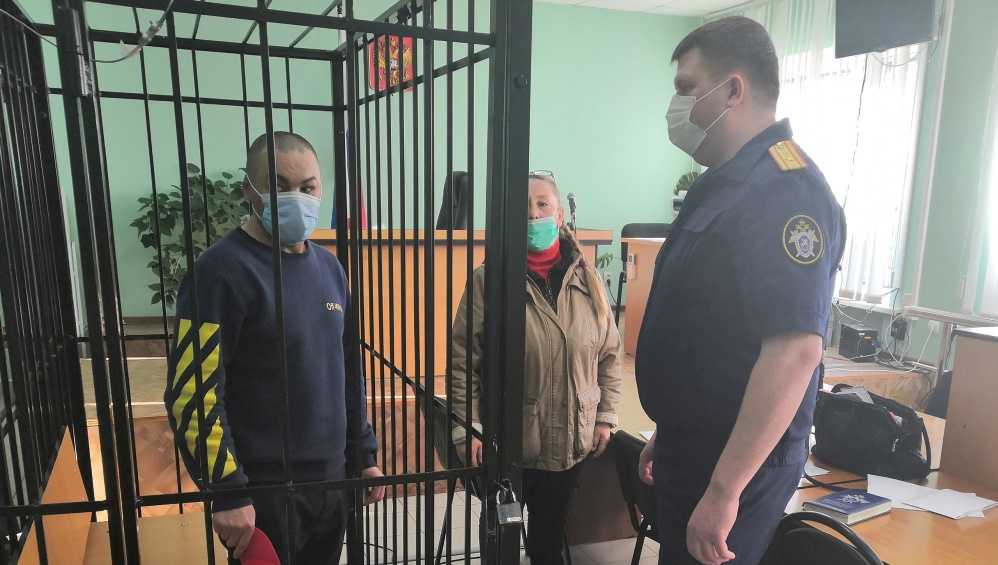 В Карачевском районе пьяный уголовник на улице зарезал незнакомца