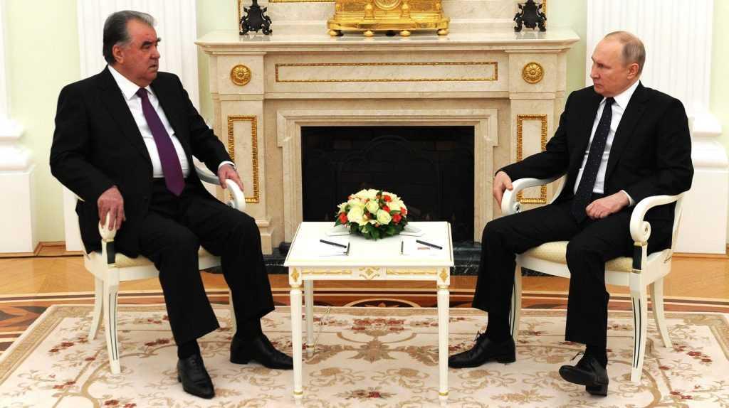 Путин сообщил о нехватке рабочих рук и создании комфорта для мигрантов