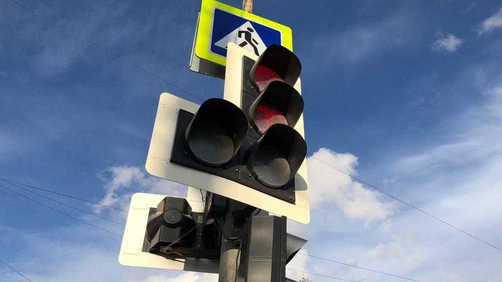 В Брянске прибавится число светофоров с кнопками вызова