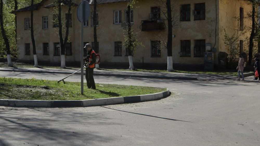 С брянских улиц вывезли более 36 тысяч тонн песка