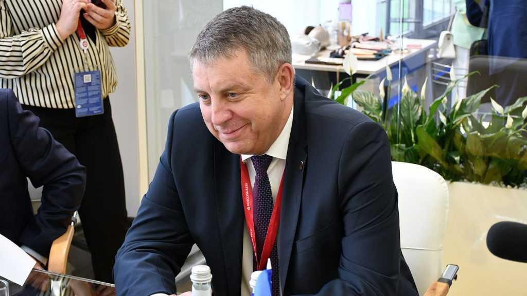 «Я благодарен каждому за непростой труд»: Александр Богомаз поздравил брянских медиков
