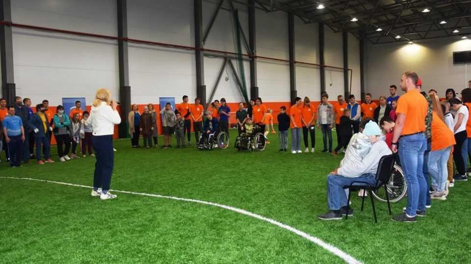 В Брянске состоялся спортивно-игровой праздник «Поверь в себя!» длядетей с ограниченными возможностями здоровья