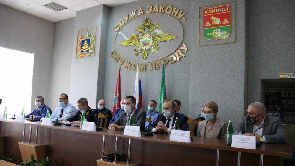 В Клинцах Брянской области отдел полиции возглавил подполковник Александр Есаулов