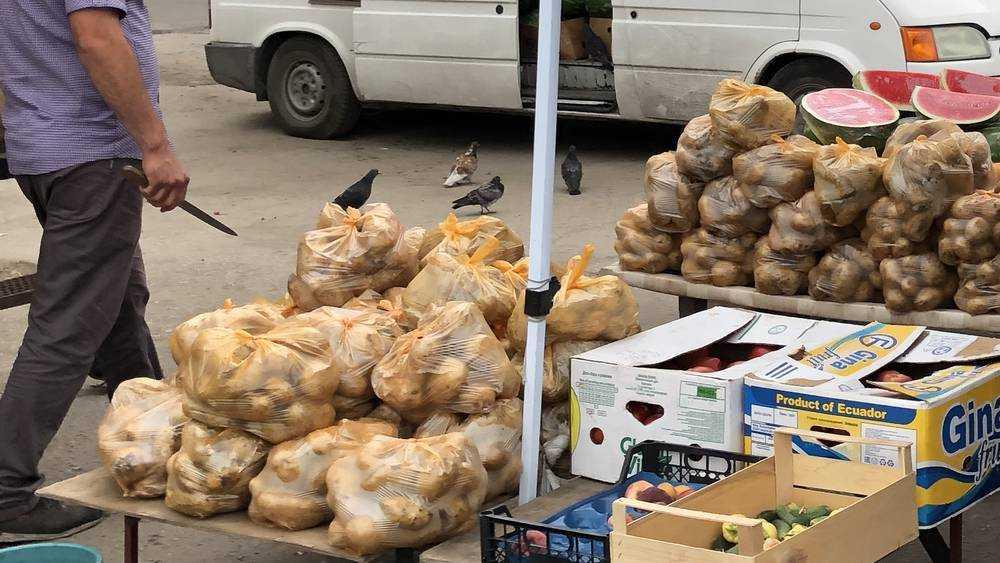 В Брянске объяснили, почему килограмм молодого картофеля стоит 200 рублей