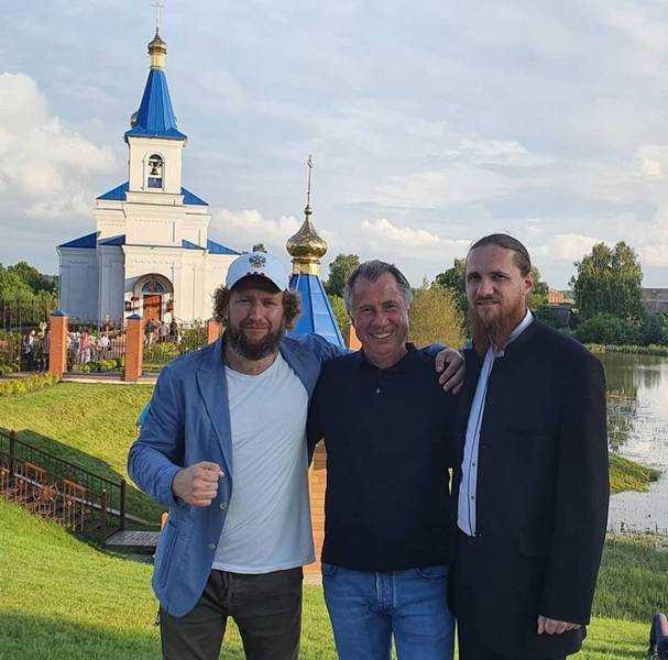 В Брянске у Кафедрального собора 12 июня пройдут съемки передачи «Играй, гармонь!»