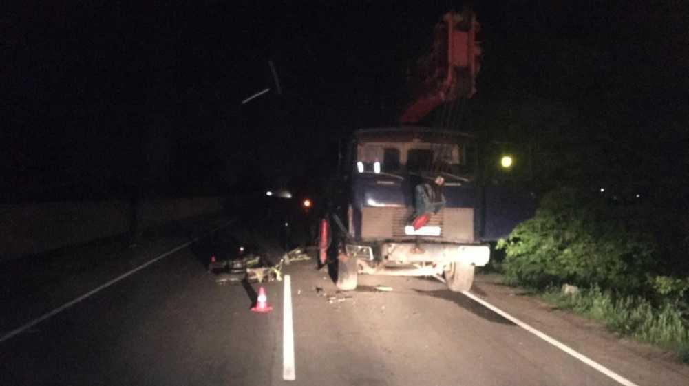 Под Брянском парень на спортбайке врезался в грузовик и сломал плечо