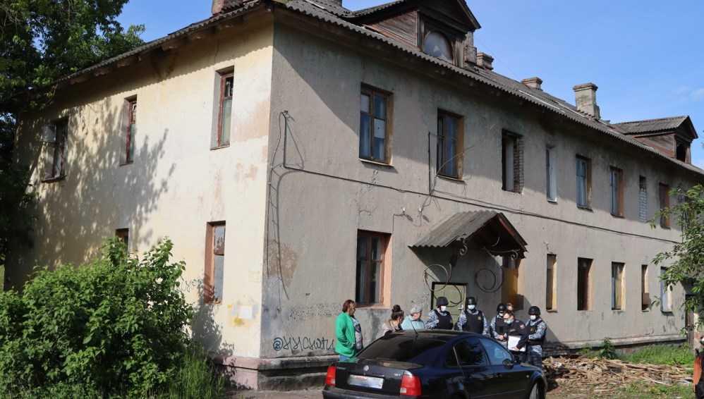 В Фокинском районе Брянска после скандального выселения снесут аварийный дом