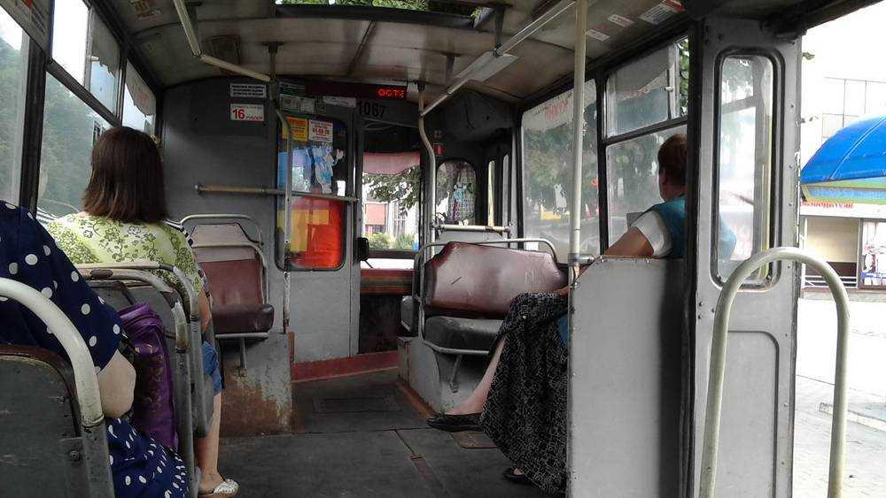 В Брянске автобусы и маршрутки из-за жары превратились в пыточные камеры