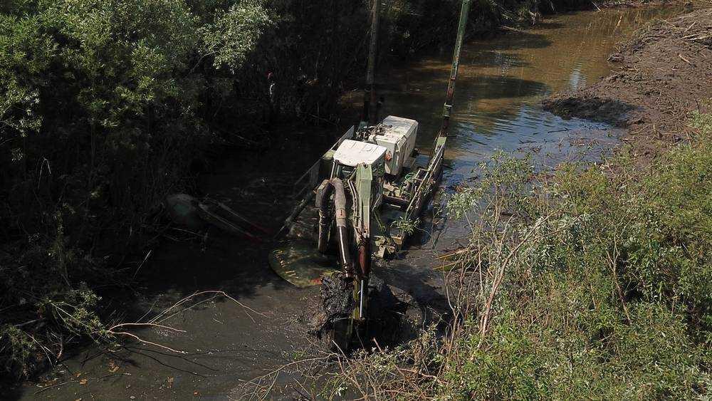В Брянской области стартовал грандиозный проект очистки русла реки Десны