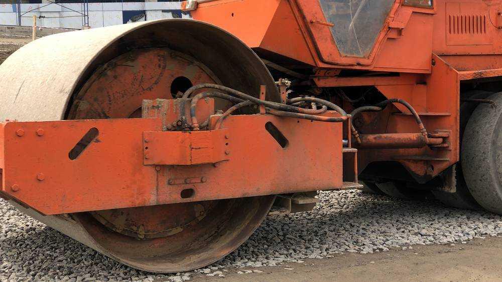 В Бежицком районе Брянска в 2021 году по нацпроекту отремонтируют 12 дорог